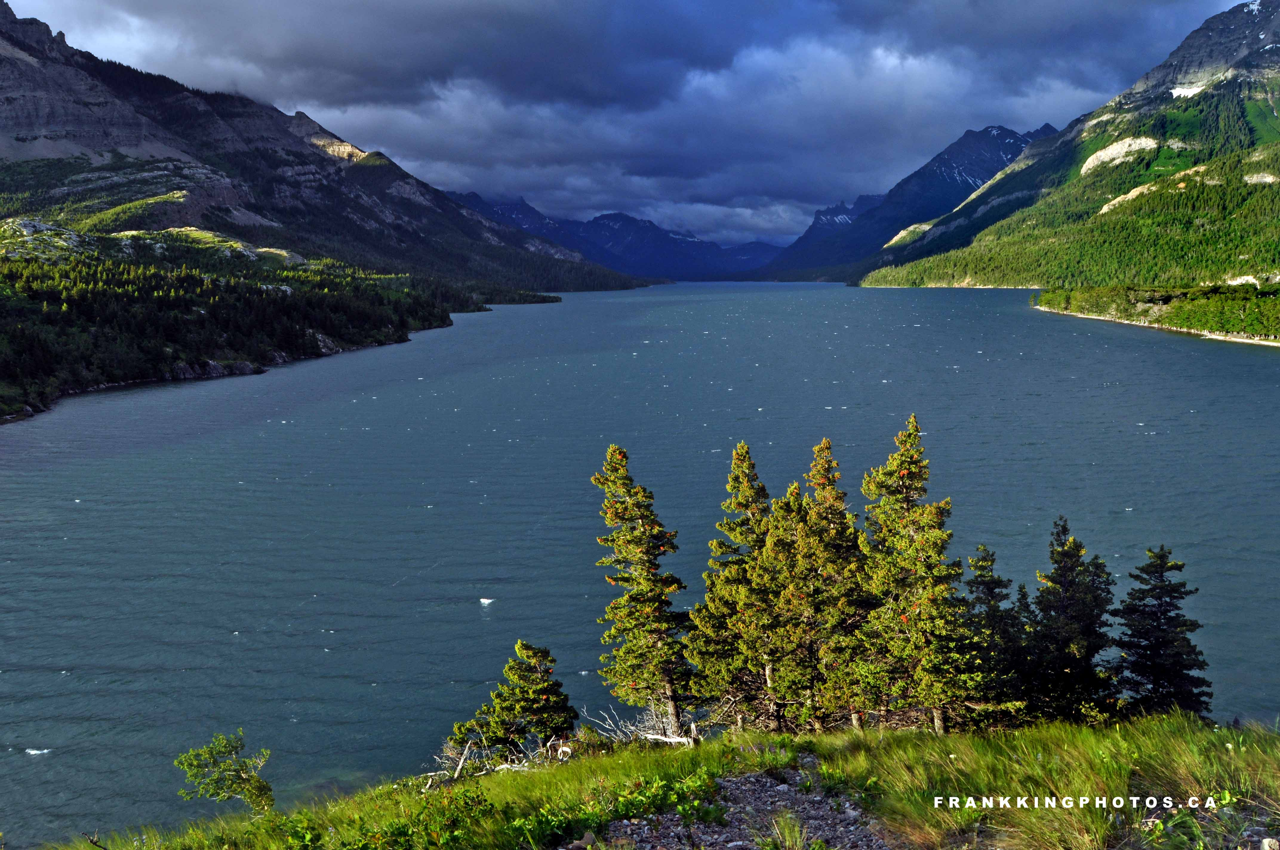 Natural landscapes waterton sunrise frank king photos for Natural landscape
