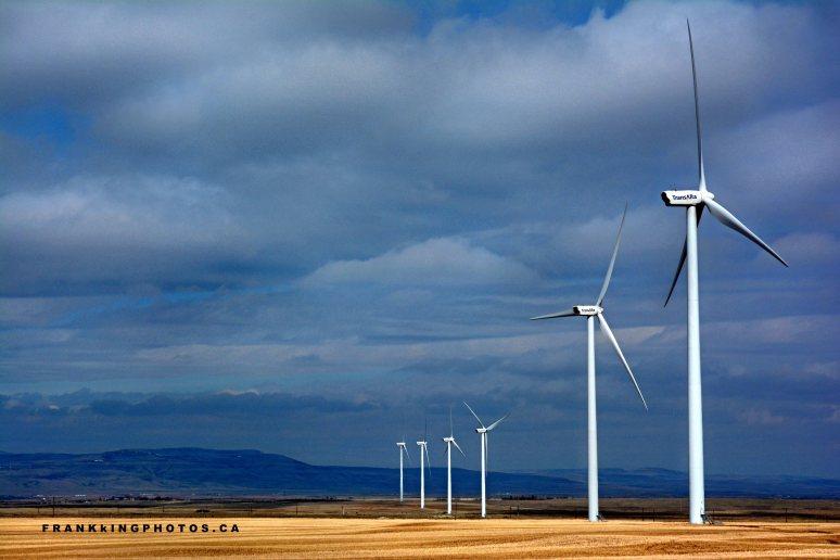 wind turbines Canada prairies