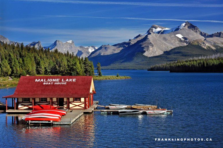 Maligne Lake Canadian Rockies