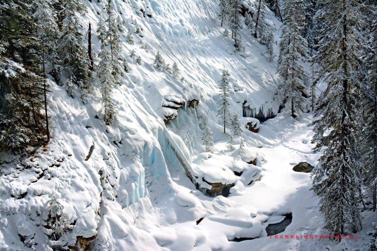 SnowWallWeb1