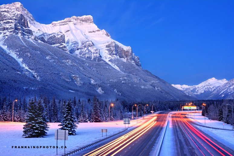 light streams Canada mountains winter
